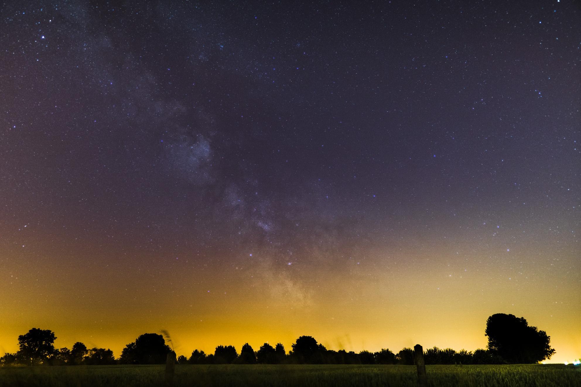 nuages noctiluques et voie lactée 122643-1529490491