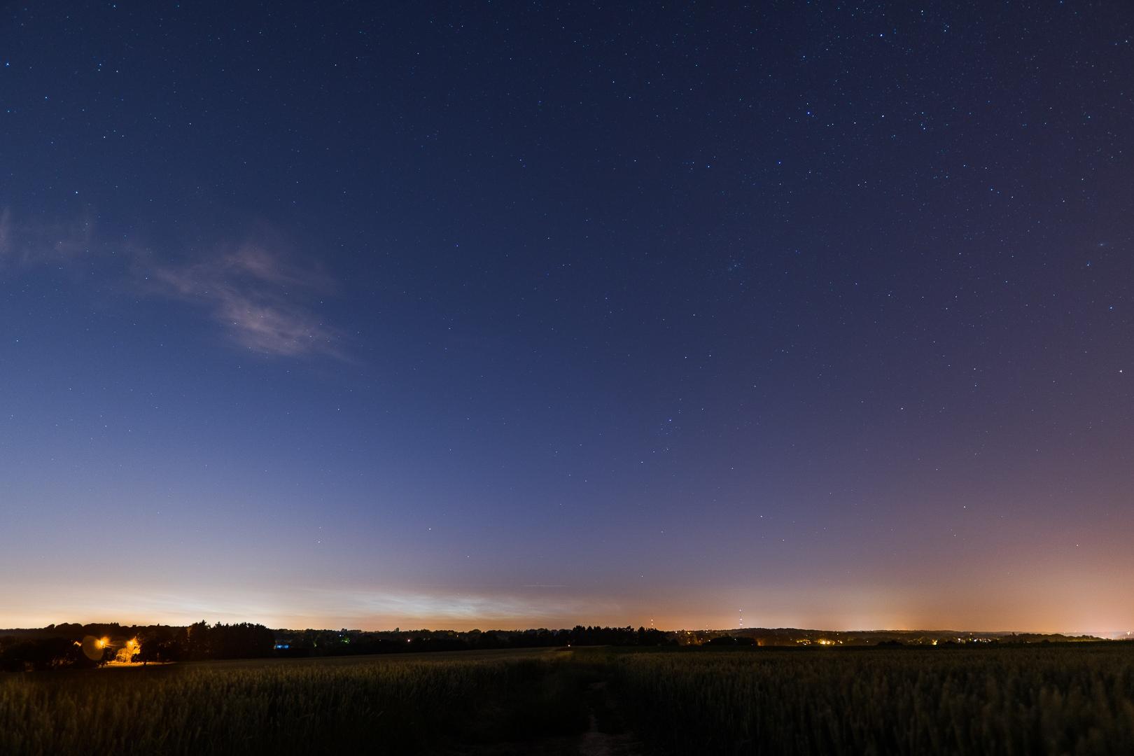 nuages noctiluques et voie lactée 122643-1529491699