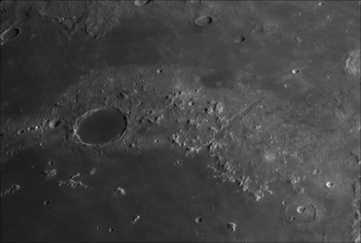 Gros plans lunaires 122643-1550683847