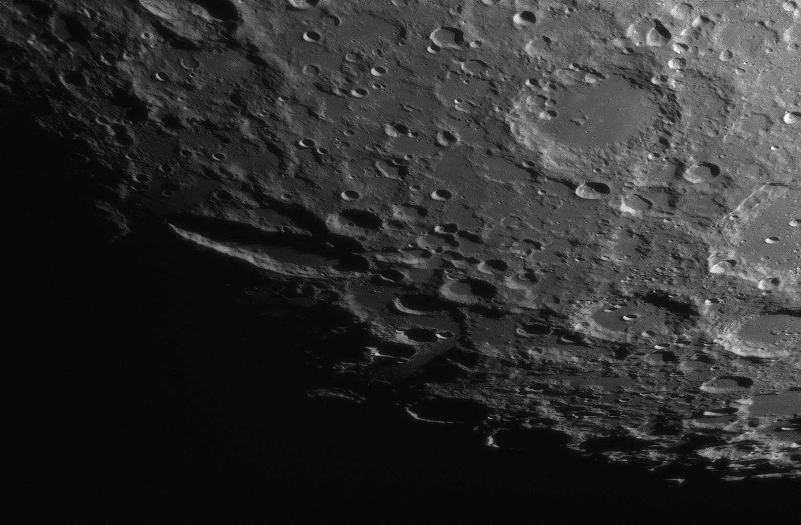 Gros plans lunaires 122643-1550683880