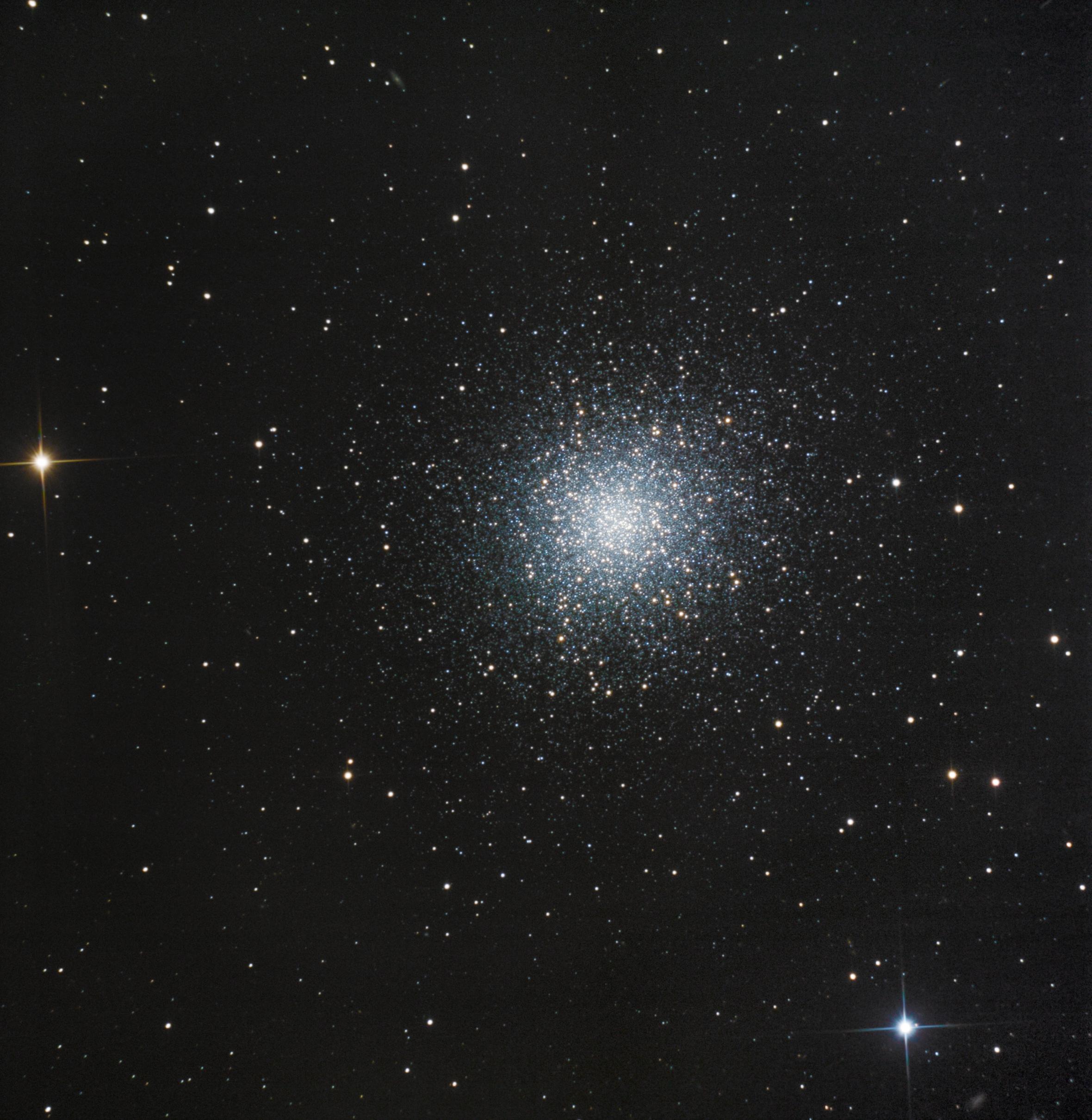 M13 : des étoiles plein les yeux 122643-1558806101