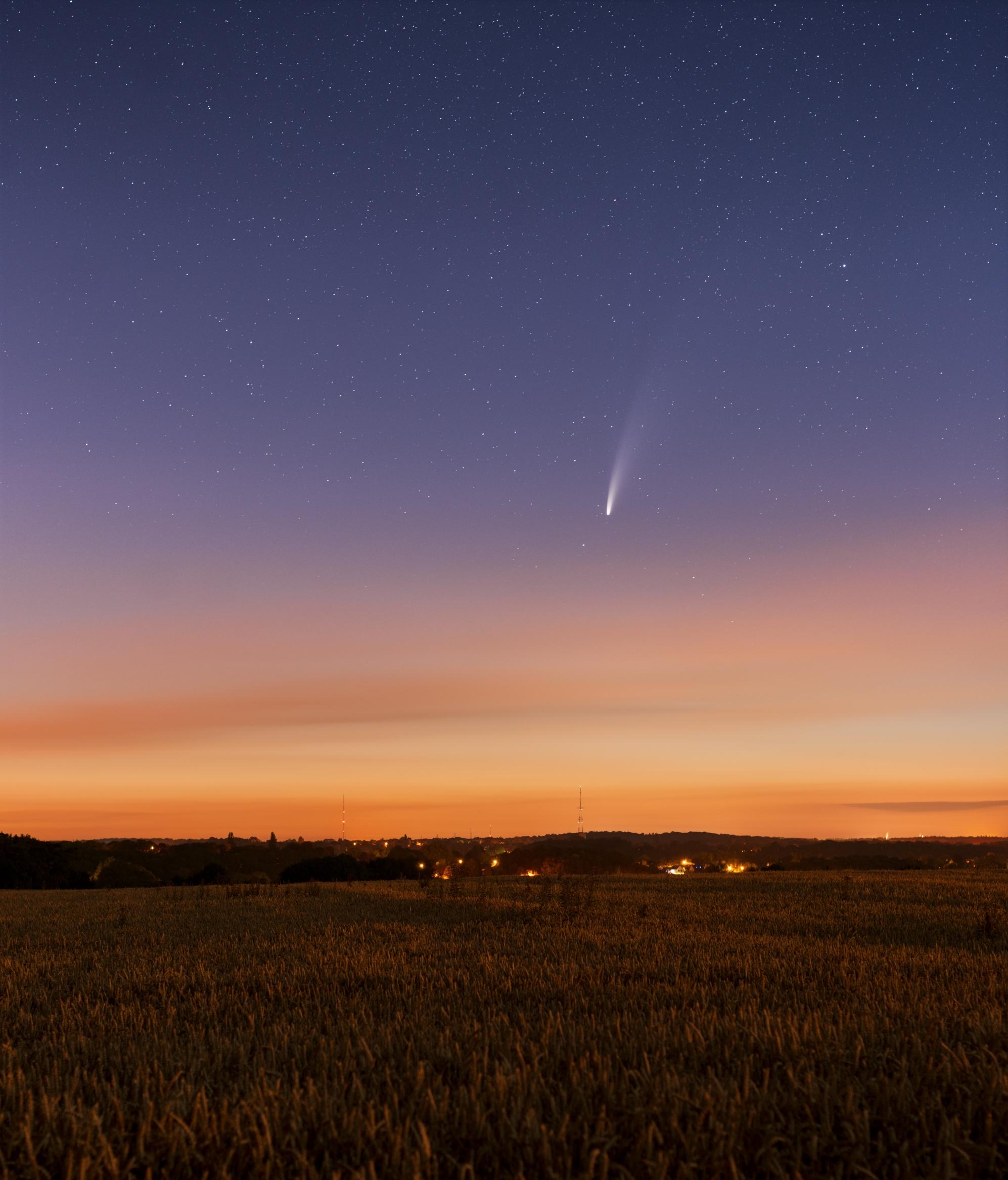 Comète Neowise au 135mm et NLC 122643-1595246610