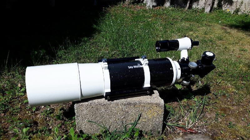 Lunette Achro Skywatcher 150/750
