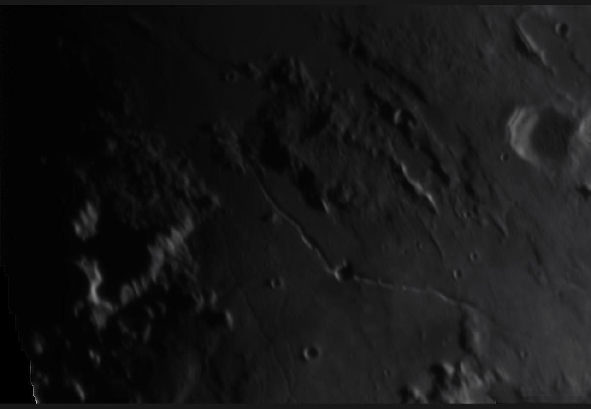 Lune du 20/06/2018 au T400 + T7 Astro + 610nm - gros plan 2