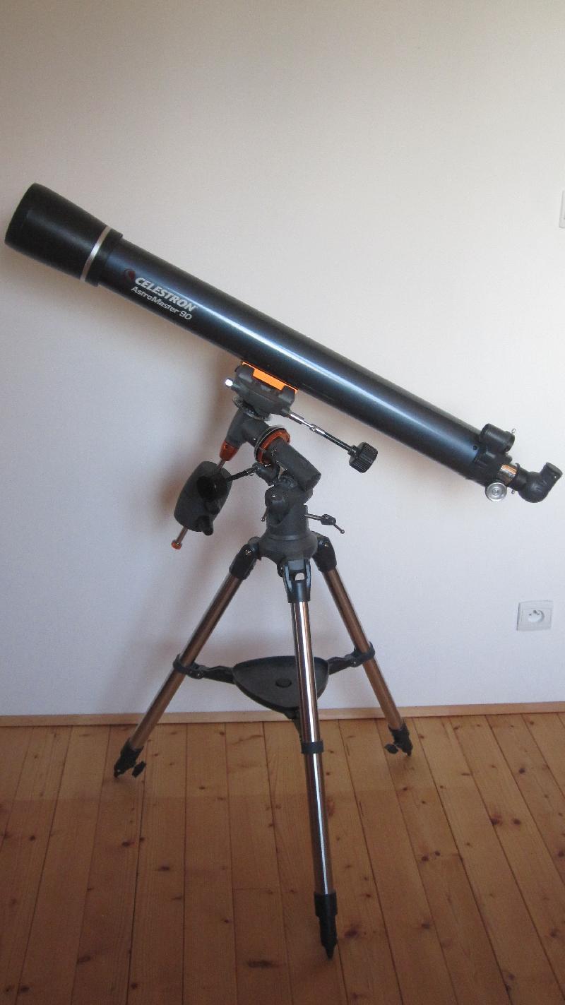 Lunette Celestron AstroMaster 90 EQ