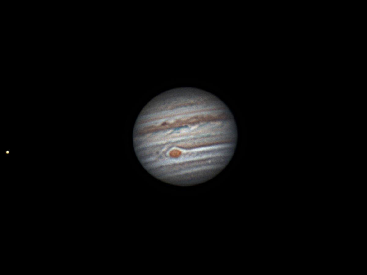 Jupiter et Io 24 avril 2018    2h03 TU