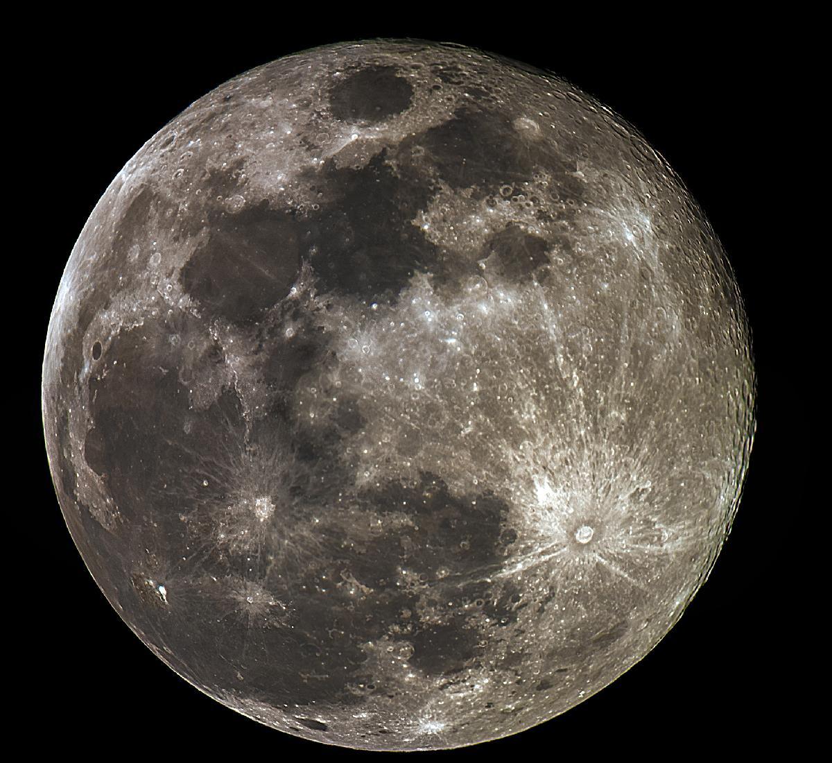 Lune du 19-04-2019 14.90 jours