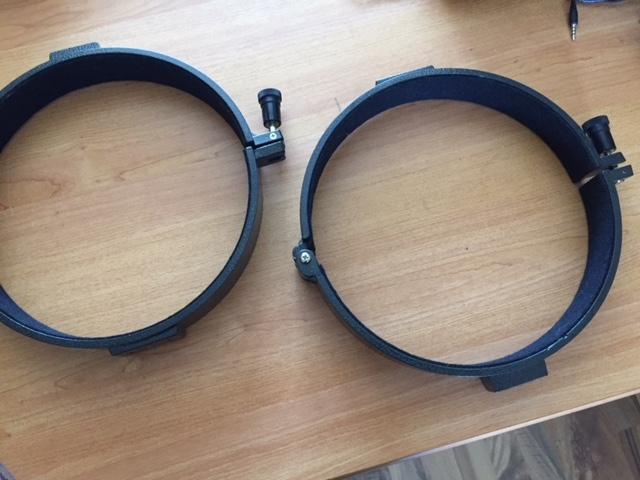 Paire de colliers pour tube 200mm