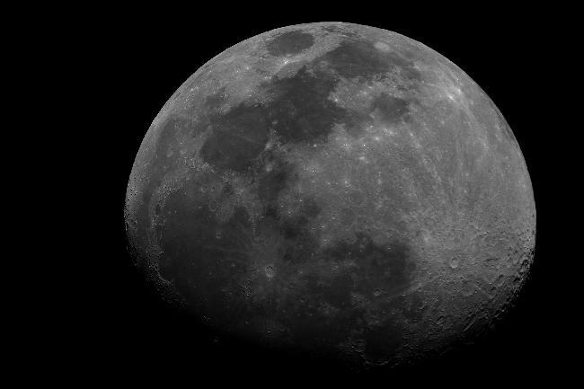 Lune du 04 avril 2020