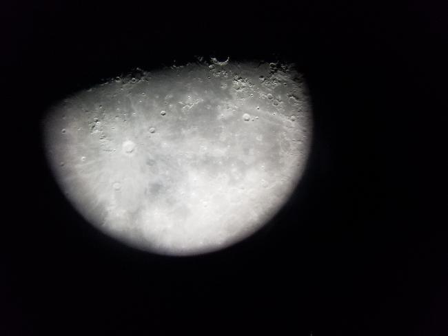 Lune le 04/02/2020 Mak 90/1250