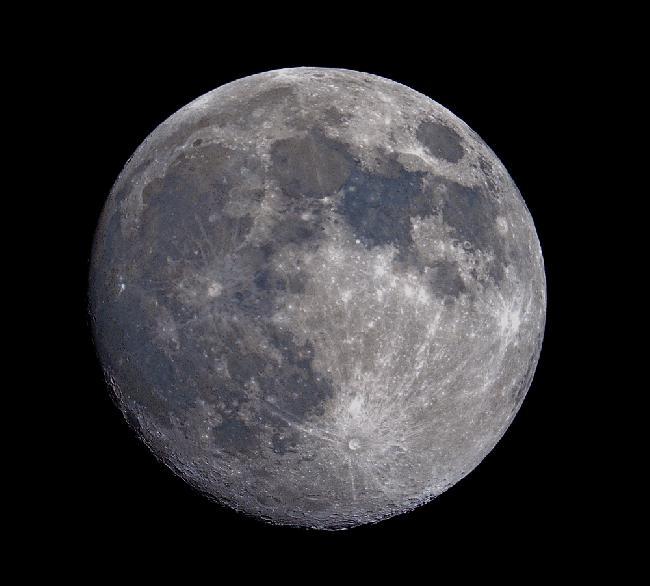 lune au 13ème jour et 3 heures couleur