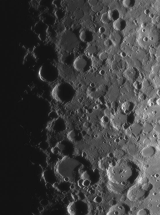 Moon_221143_ACx2-1890ap40_grad4_ap2192-astra1-gimp.jpg