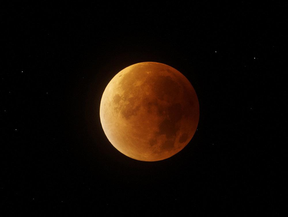 éclipse de Lune 28-29 septembre 2015.jpg