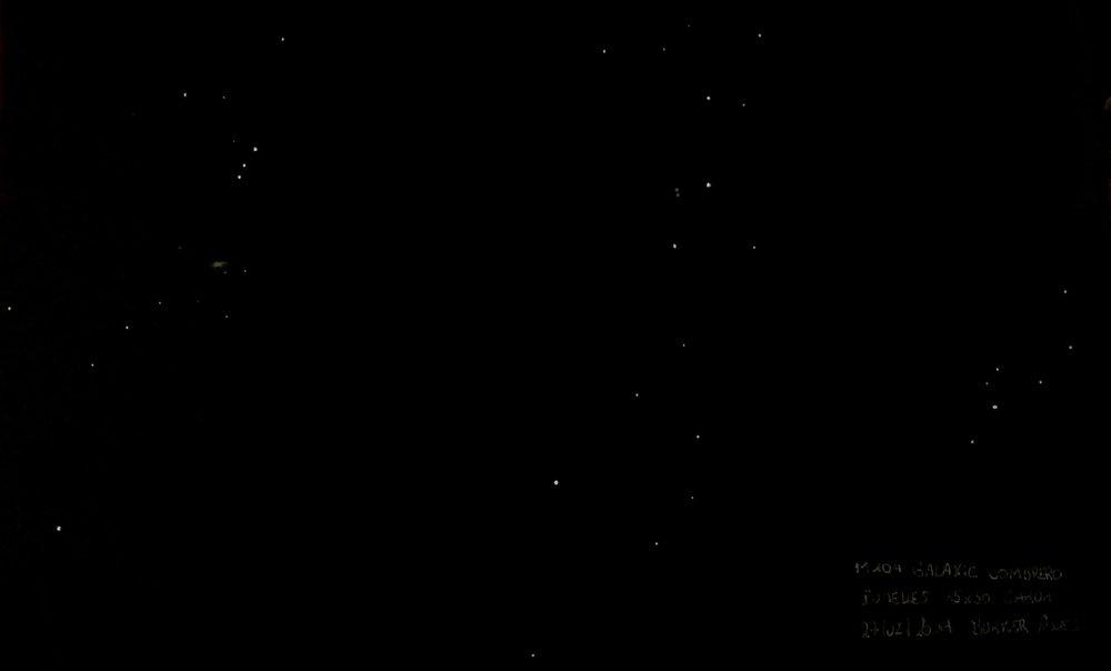 M104 JUMELLES CANON 15x50 STAB.jpg