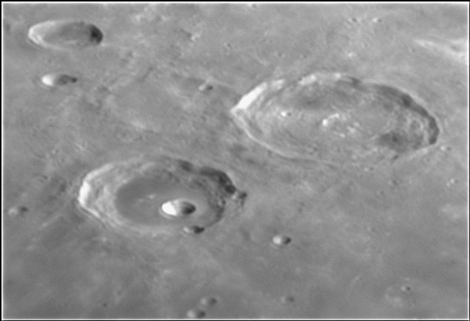 1023197050_Moon_215626_120519_ZWOASI224MC_IR_680nm_AS_P40_lapl6_ap234.jpg.190038b7fb334456954872156a3417ea.jpg