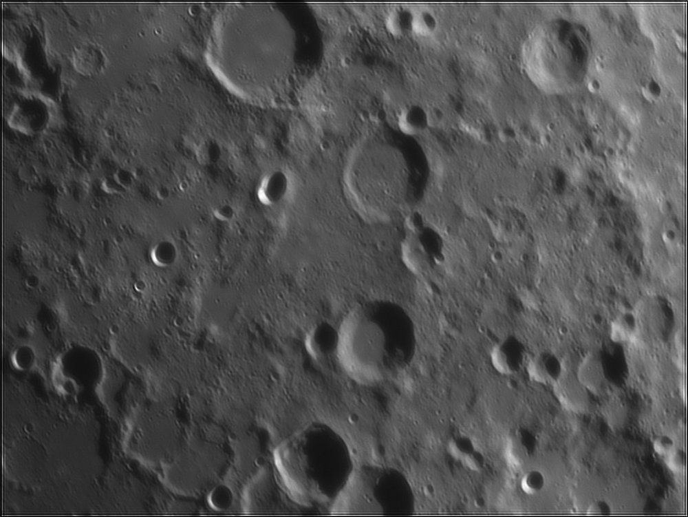 1026269626_Moon_211429_110519_ZWOASI224MC_IR_630nm_AS_P35_lapl4_ap565.thumb.jpg.4cebbe3da162ab76bdc14f8068d3897e.jpg