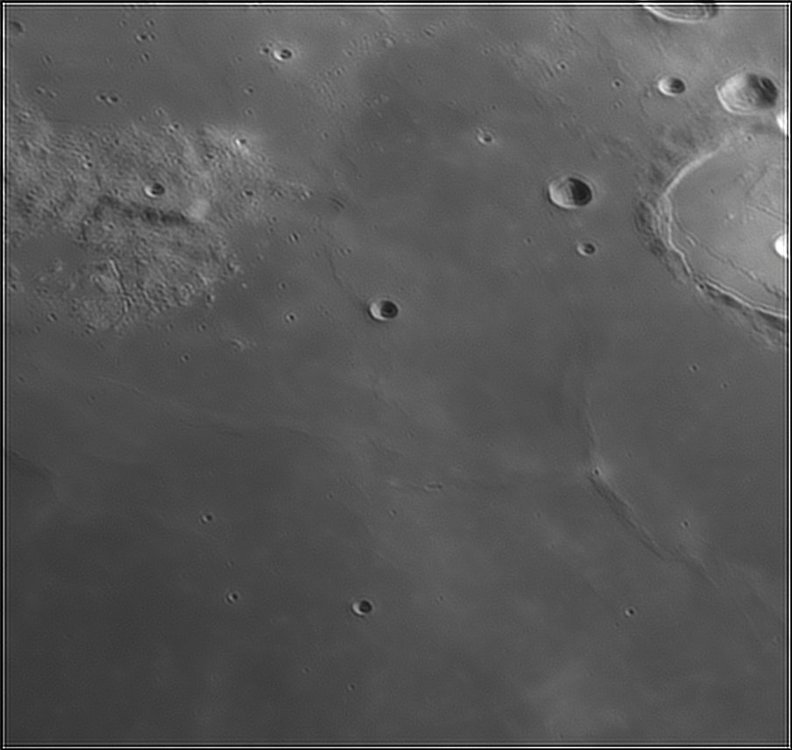 1057954584_Moon_213201_110519_ZWOASI224MC_IR_630nm_AS_P40_lapl6_ap303.thumb.jpg.95b2127ff7456a1556c89720c4ba2178.jpg