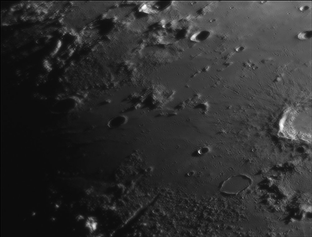 1150703766_Moon_212401_110519_ZWOASI224MC_IR_630nm_AS_P40_lapl6_ap230.thumb.jpg.b9b7c5d7b491ed4bc7e6be10276c891f.jpg