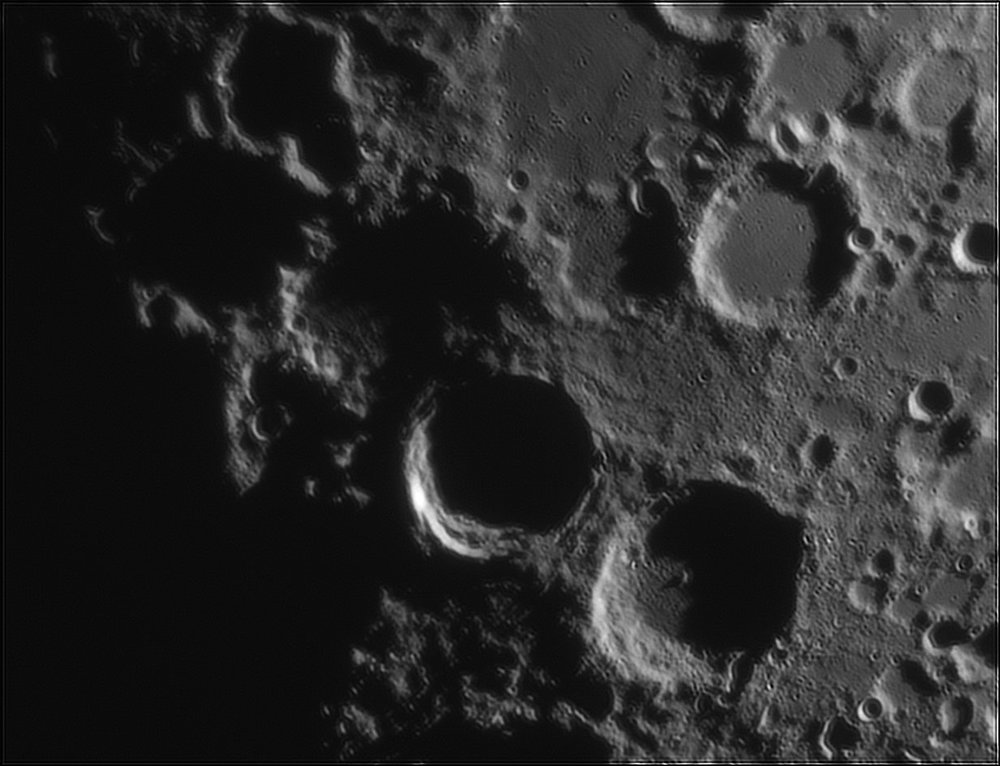 1175570153_Moon_212921_110519_ZWOASI224MC_IR_630nm_AS_P40_lapl6_ap160.thumb.jpg.2d9f7647b1ce740175f079fbe151043d.jpg