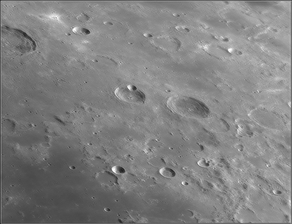 1568507385_Moon_212637_110519_ZWOASI224MC_IR_630nm_AS_P40_lapl6_ap459.thumb.jpg.d27dc449b6122df32c87631c158d472d.jpg