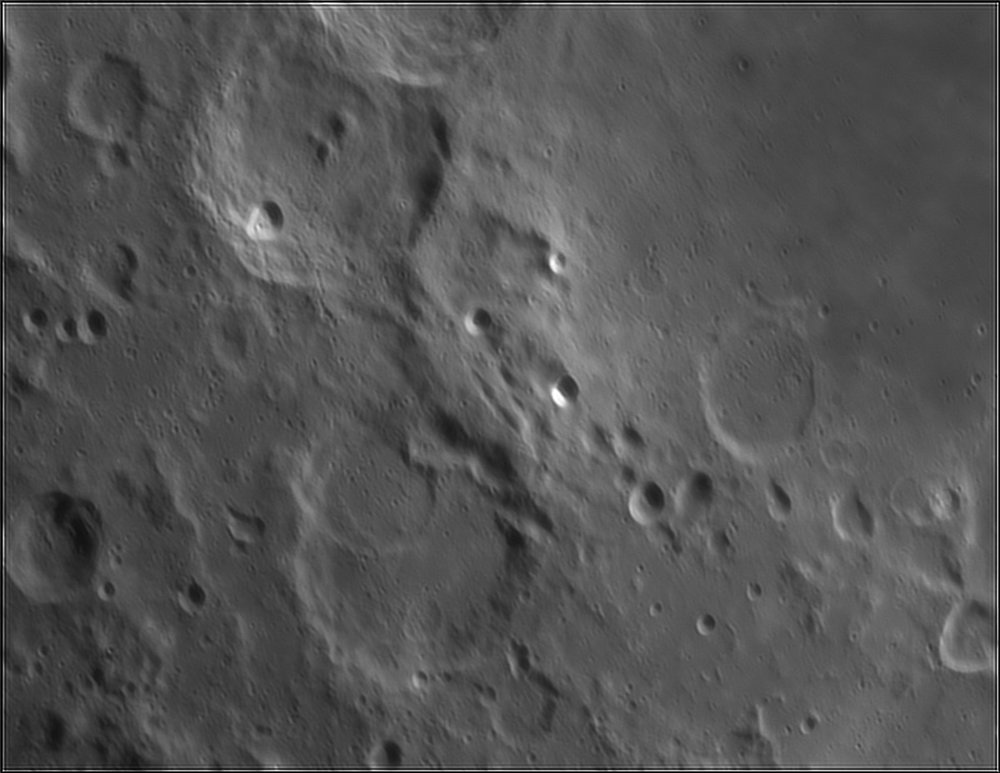 1663948764_Moon_211954_110519_ZWOASI224MC_IR_630nm_AS_P40_lapl6_ap450.thumb.jpg.fe9954fcfa6a7a8dddacb21610654e95.jpg