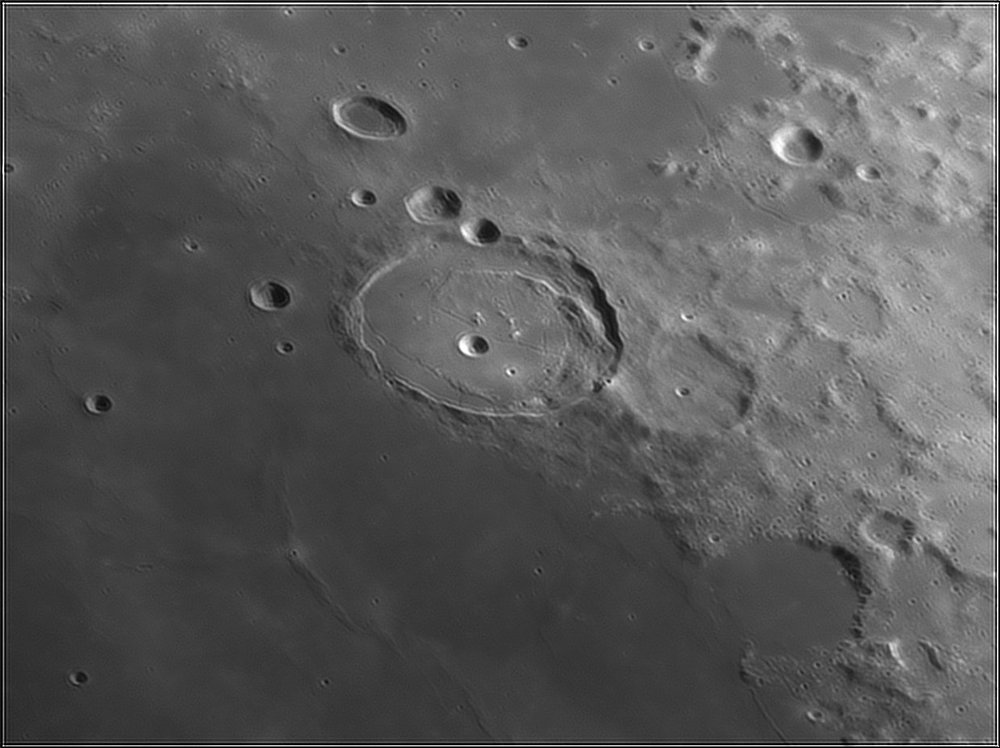 1735741734_Moon_212519_110519_ZWOASI224MC_IR_630nm_AS_P40_lapl6_ap384.thumb.jpg.2e4b907ce06f4c48b45c9b8f203fd33e.jpg