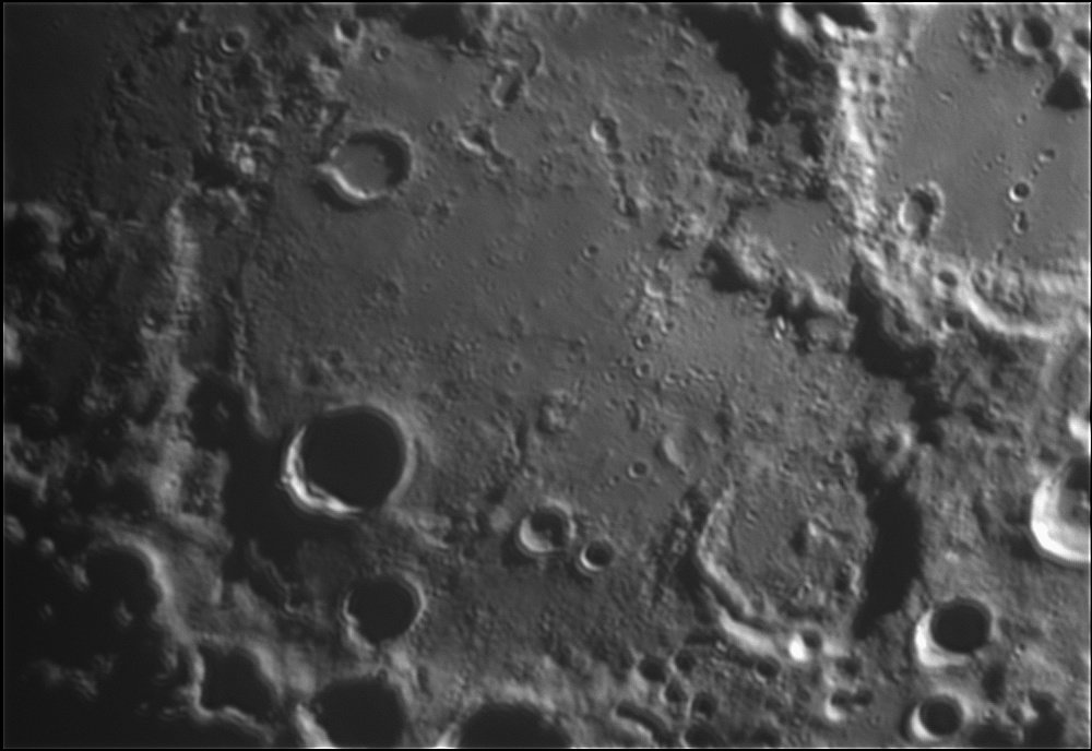 1794318637_Moon_214724_120519_ZWOASI224MC_IR_680nm_AS_P40_lapl6_ap265.jpg.c73ae47a054217ed9abcef86a65f490d.jpg