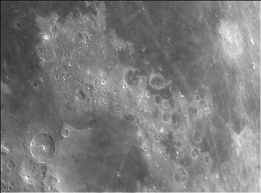183752465_Moon_211451_120519_ZWOASI224MC_Rouge_23A_AS_P35_lapl4_ap622.thumb.jpg.e51ccdd3f0b339c939093df72b35645b.jpg