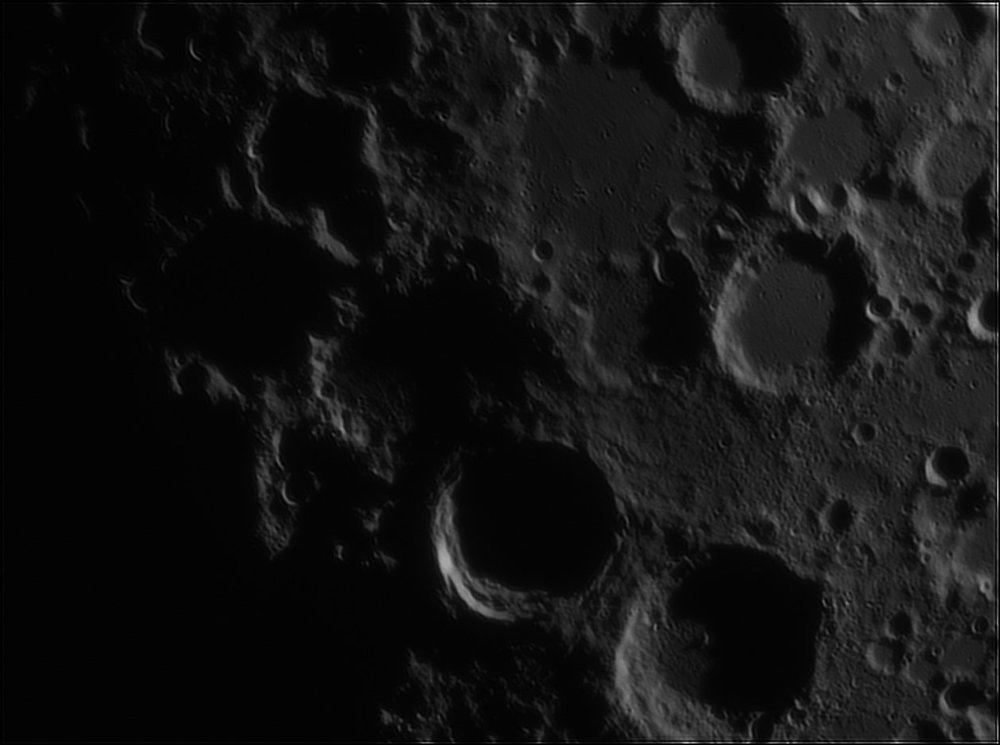 1968498514_Moon_213420_110519_ZWOASI224MC_IR_630nm_AS_P35_lapl4_ap595.thumb.jpg.d428335e1af5e24592dbe92dad33cd59.jpg