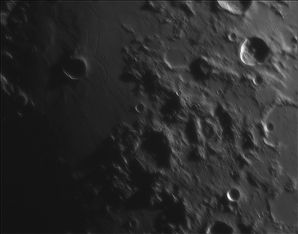 2062061698_Moon_211218_110519_ZWOASI224MC_IR_630nm_AS_P35_lapl4_ap558.thumb.jpg.48e39cb2e50c60953c738098450c3213.jpg