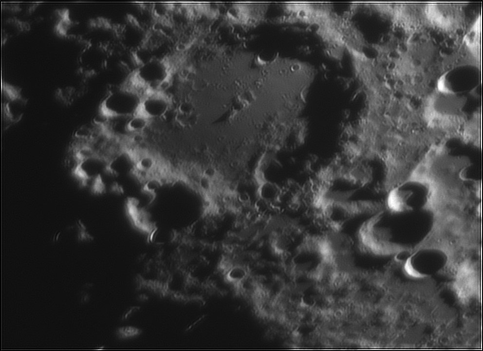 331791781_Moon_212143_120519_ZWOASI224MC_Rouge_23A_AS_P40_lapl6_ap339.jpg.405bf90740da6c22afe2db62a01fe384.jpg