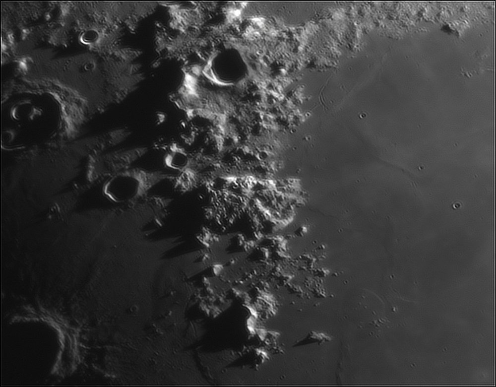 361765776_Moon_212455_110519_ZWOASI224MC_IR_630nm_AS_P40_lapl6_ap241.thumb.jpg.8dc5c2f2fb728bcb7d3a7b206dfa1b11.jpg