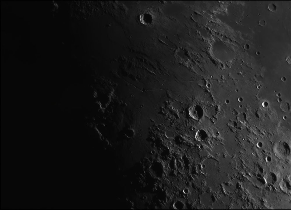 431281143_Moon_204136_110519_ZWOASI224MC_IR_630nm_AS_P35_lapl4_ap185.thumb.jpg.c2381827785d5f72d117649756af06eb.jpg