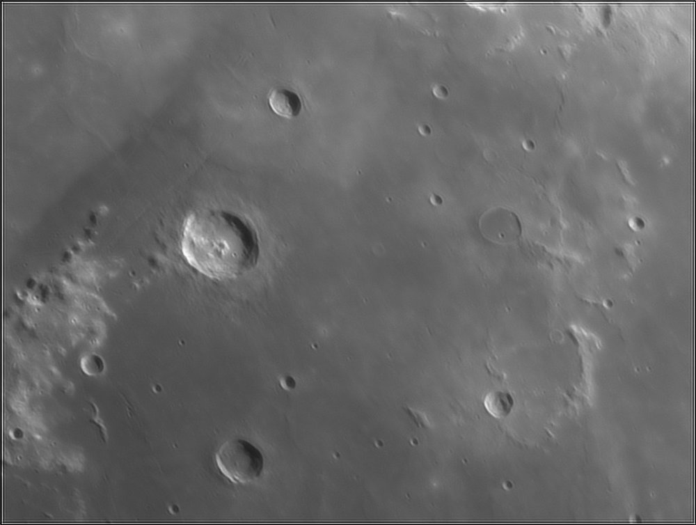 739003757_Moon_211327_110519_ZWOASI224MC_IR_630nm_AS_P35_lapl4_ap580.thumb.jpg.e9029b533aa110fecec87df006df8002.jpg