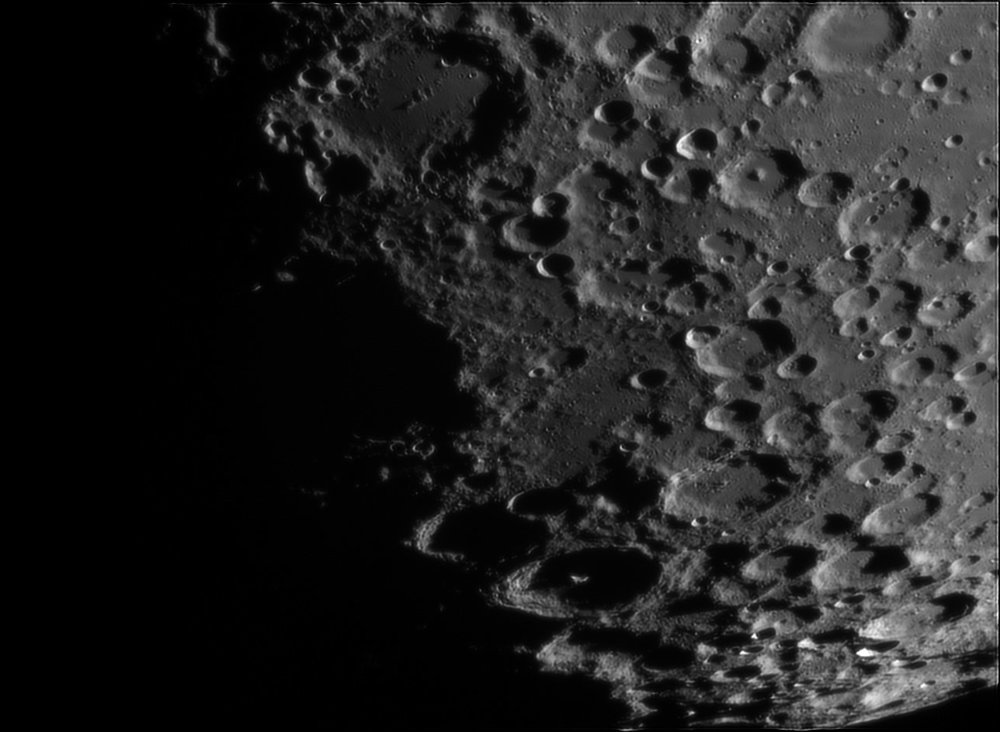 830411217_Moon_210302_120519_ZWOASI224MC_RGB_AS_P35_lapl4_ap485.thumb.jpg.98aba5f0fdd58a4e23be568371d632bd.jpg