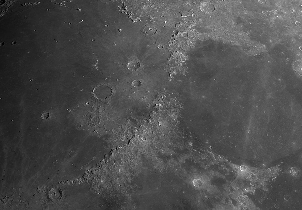 Moon_222516_ap141-R6-PS.thumb.jpg.0dcf2c5aaaea0ab30a408a74071aeac8.jpg