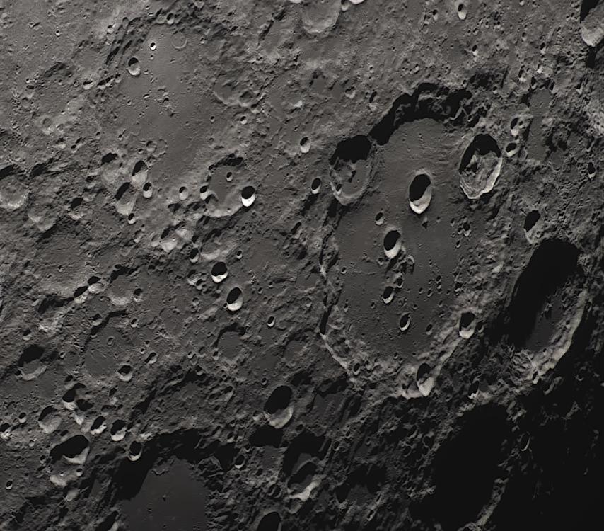 Moon_223054_N300x2-520ap48_grad4_ap1166-astra3.png