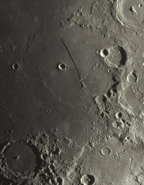 Moon_204800_N300x2-262ap48_grad5_ap1138-astra2-large.png