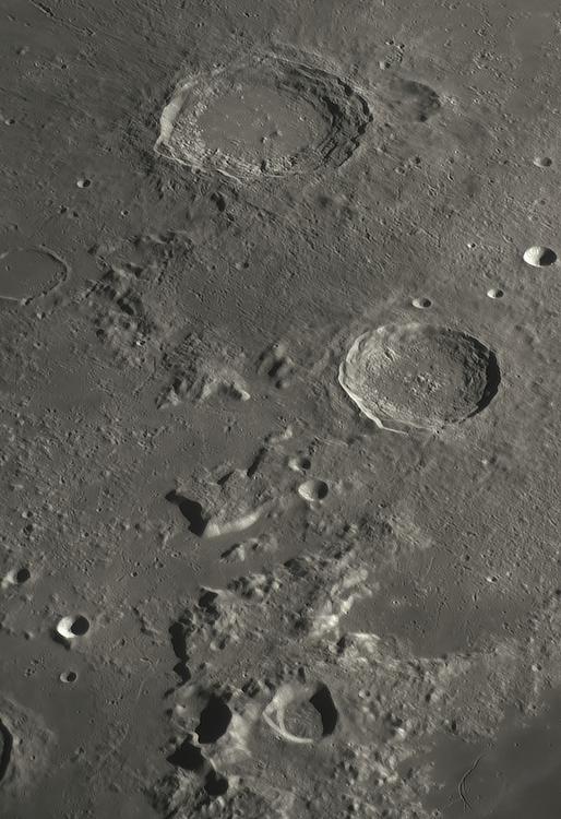 Moon_225026-modif_N300x3-234ap48_grad5_ap1041-astra3-large.png